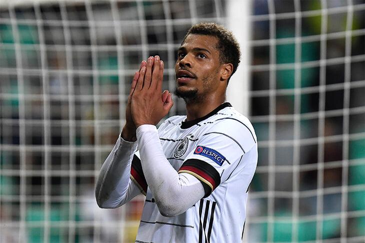 Парень из «Ман Сити» выиграл для Германии молодежный Евро. Он забивает пятками и ассистирует в стиле Куарежмы