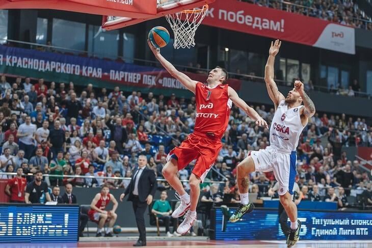 Швед разрывает, Курбанов – в порядке, дальше – одни вопросы. Что показали игроки сборной России в этом сезоне