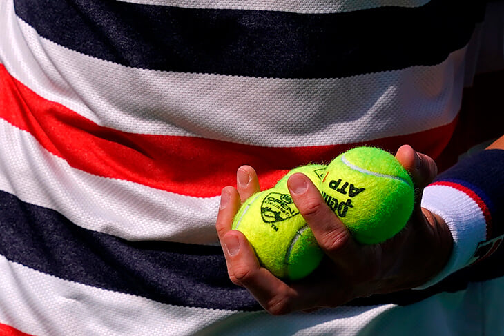Ворс на теннисном мяче – важная штука. Его исследовал ученый из НАСА, а игроки берут мячи разной пушистости для разных подач
