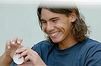 «В детстве во время грозы Рафаэль прятался под подушку». Какие топ-теннисисты в жизни