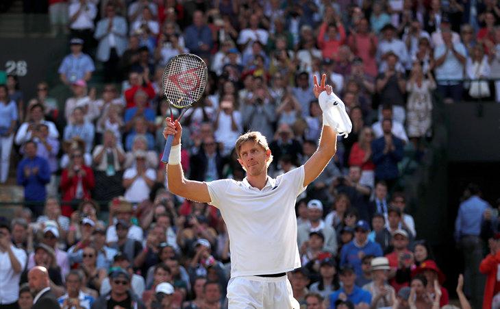 Федерер сенсационно проиграл Андерсону вчетвертьфинале Уимблдона
