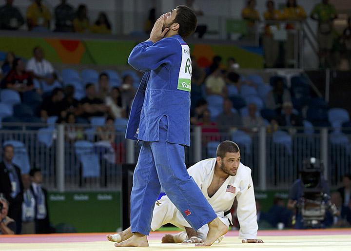 хасан халмурзаев против корейца олимпиады 2016 крупице любовь собирать