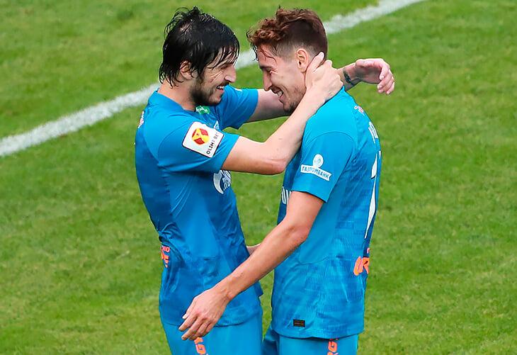 Первый гол сезона сообразили участники Евро: Крыховяк накрыл прессингом Оздоев, Кузяев перехватил и забил