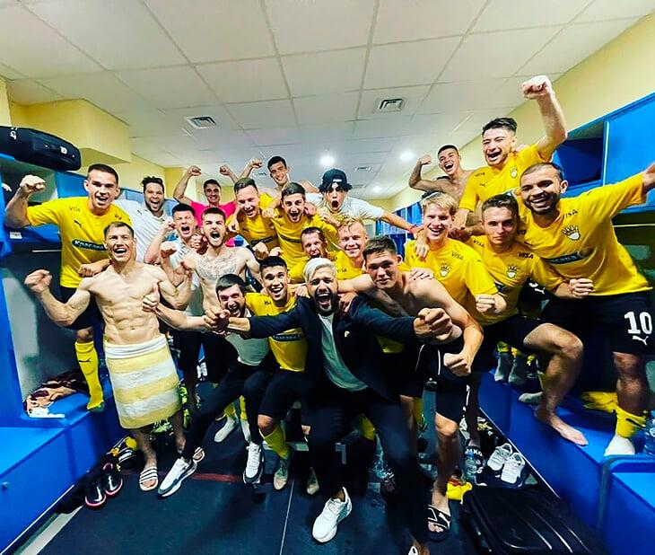Первый официальный матч «Красавы»: полный стадион, Савин – диктор и респекты от Слуцкого, Семака и Алаева