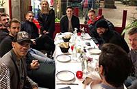 В «Вест Бромвиче» весело: игроки угнали такси на сборе в Барселоне