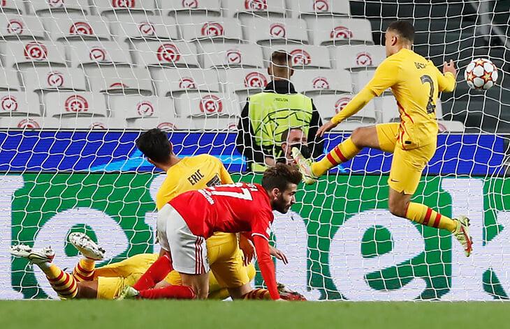 Концентрат ужаса «Барсы»: худший старт в Лиге чемпионов, минимум шансов выйти из группы