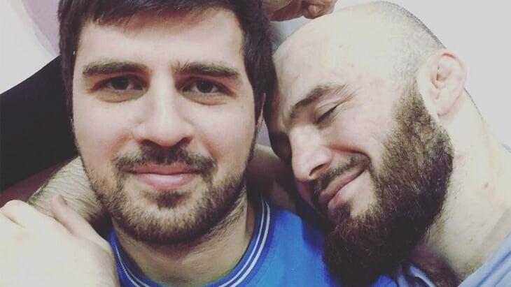 Тренер нашего топового бойца задержан по подозрению в убийстве. Он воспитал Магу Исмаилова и сделал сборную чемпионами мира