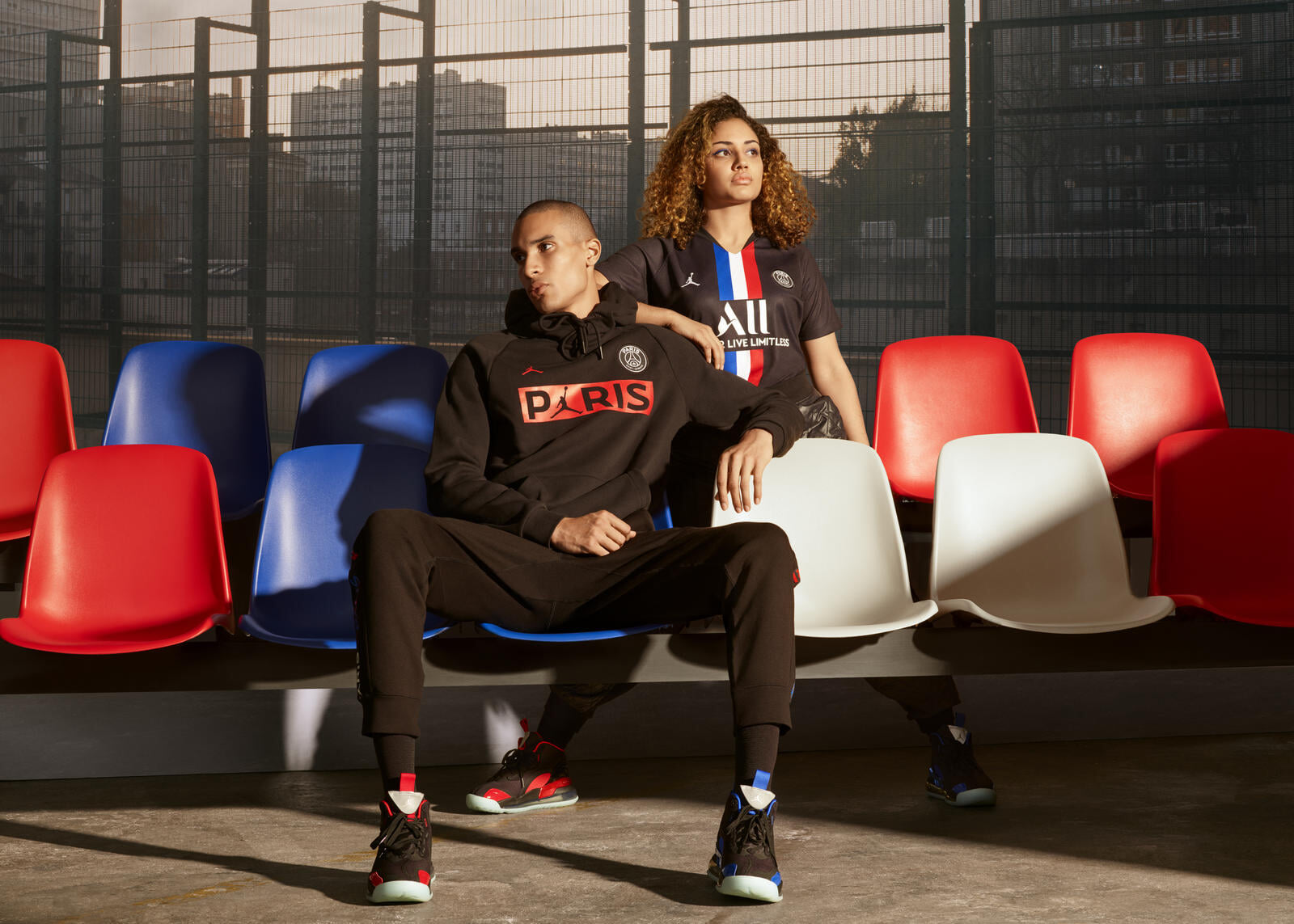 Air Jordan сделал для «ПСЖ» четвертый комплект формы – с французским триколором. Презентуют на матче НБА в Париже