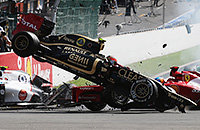 Рено, Гран-при Великобритании, Гран-при Мексики, Гран-при Франции, Ромен Грожан, Лотус, Гран-при Испании, Гран-при США, Хаас, Формула-1, Гран-при Бразилии, Гран-при Азербайджана, GP2, Гран-при Сингапура, видео, Гран-при Японии, происшествия
