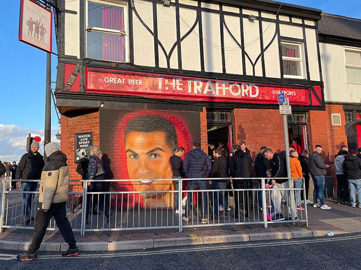 Феерия победного гола Роналду– в репортаже с «Олд Траффорд». Фанаты обещают протестовать, если Сульшера уволят