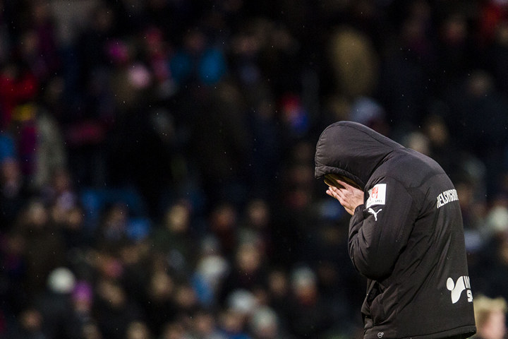 Фанаты «Хельсингборга» чуть неизбили сына Хенрика Ларссона, стянув снего футболку