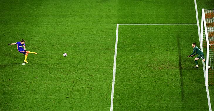 Почему пенальти бьют с 11 метров? Правда, что такое наказание придумал вратарь?