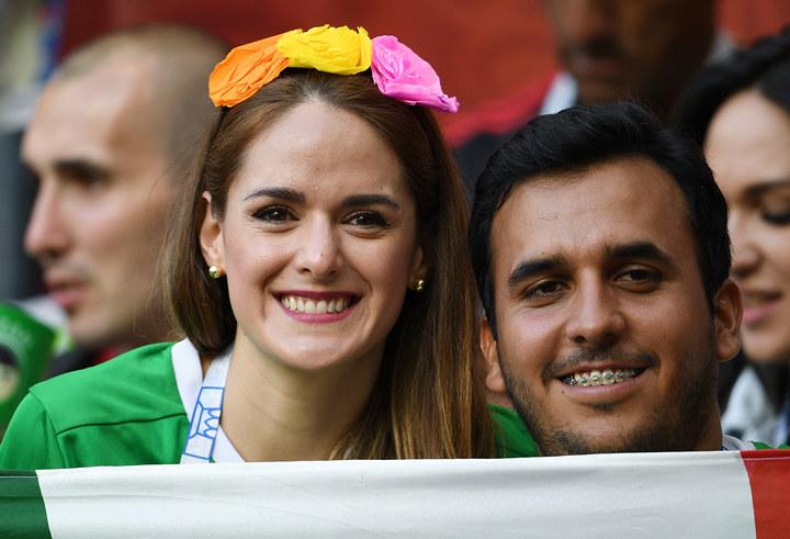 фото трибун болельщиков португалия мексика гостиница подходит для