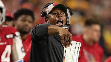 В НФЛ реальная проблема: мало темнокожих тренеров и менеджеров