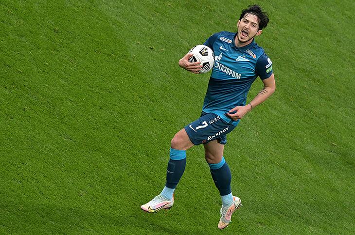 Дубль Азмуна вытащил «Зенит» в Сочи. Теперь он лучший бомбардир лиги – оторвался от Дзюбы на 2 гола