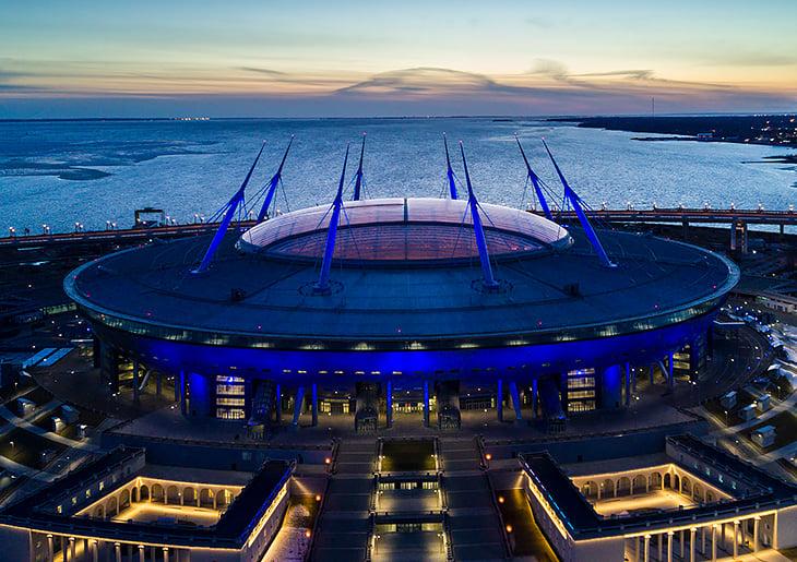 УЕФА, Лига чемпионов, Альянц-Арена, Газпром Арена (Крестовский)