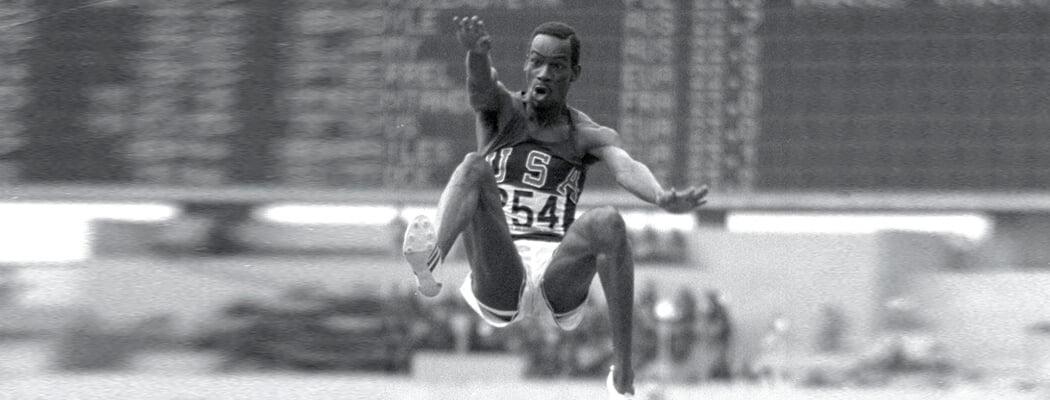 Прыжок Боба Бимона в XXI век: лучше мирового рекорда на 55 см, под подозрением из-за ветра и разреженного воздуха