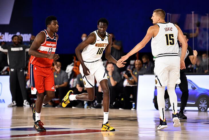 «Денвер» выставил состав с тремя центровыми. Его считают самым высоким в истории НБА, но это не совсем так