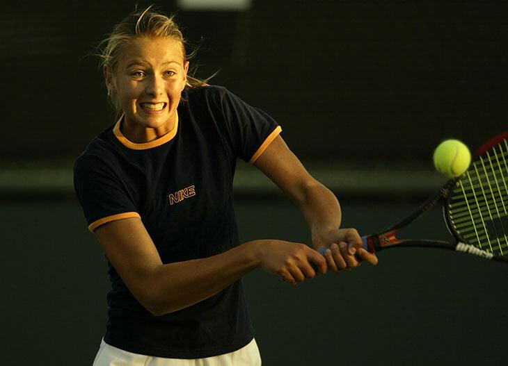 Шарапова начала карьеру в Индиан-Уэллс – в 14 сыграла с Селеш (кумиром своего папы) и отбивалась от сравнений с Курниковой