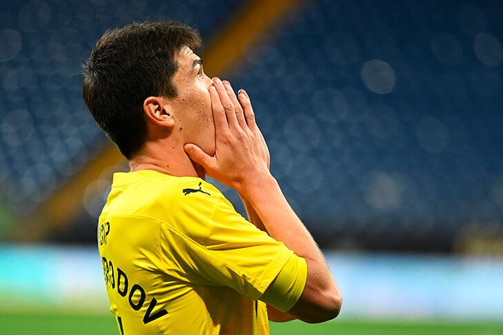 После «Ростова» и «Динамо» России хуже в таблице коэффициентов УЕФА. Сильнее отстали от Португалии, у которой все клубы еще держатся