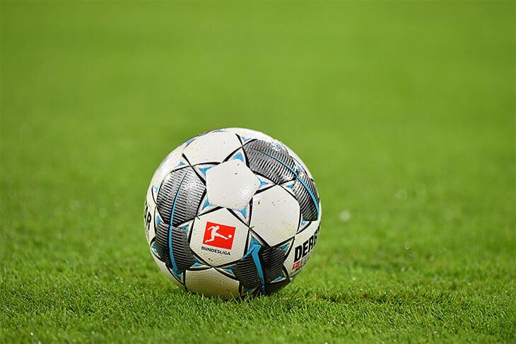 Возвращение спорта все ближе (надеемся): Бундеслига с 9 мая по спецплану, АПЛ – с 8 июня, ЛЧ в августе