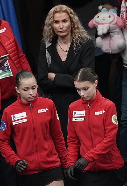 Отвечаем на главные вопросы фигурки 2020-го: почему это лучший год Загитовой, кого Ягудин называет нежным бризом и в чем ценность Плющенко