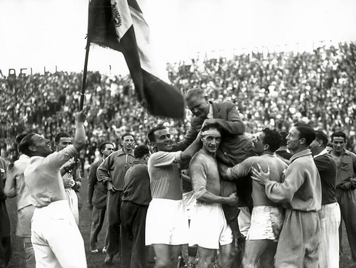 Италия повторила национальный рекорд –30 игр без поражений. Он держится аж с 1930-х, его ставил лучший тренер своего времени