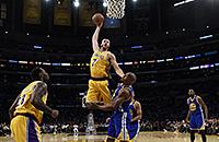 Аллей-уп Тимофея Мозгова – в топ-10 моментов дня в НБА