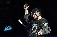 Кучеров —хоккейный маньяк. Разбирает свои действия прямо по ходу матча