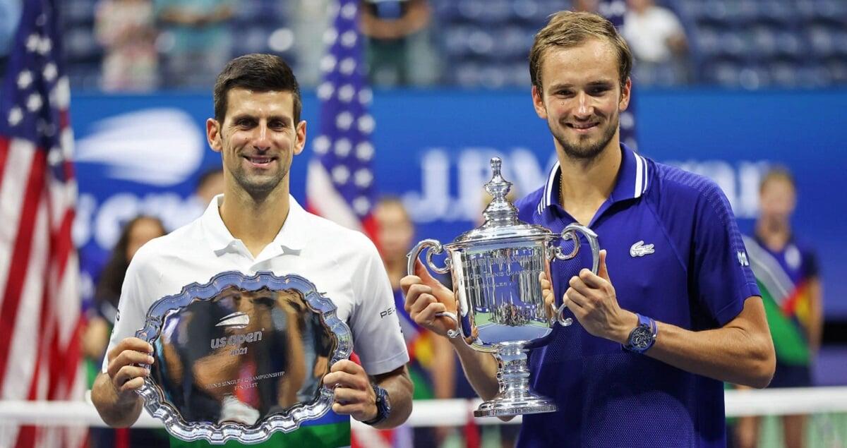Медведев вынес Джоковича в финале US Open, победы Ливерпуля, Реала и Милана, поражение Динамо, 5 четверных Трусовой и другие новости утра