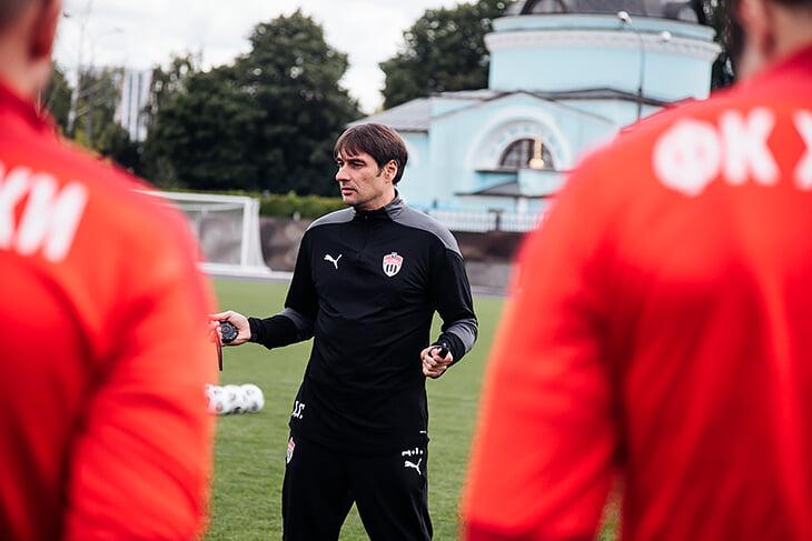 Первое интервью Гунько после «Химок»: зачем согласился на работу, как придумывал играть почти без тренировок и трансферов