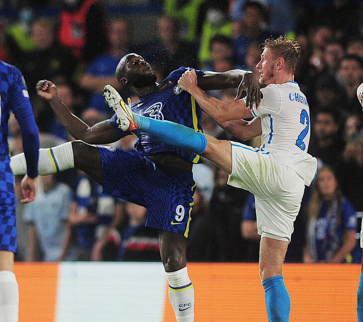 Семак сыграл с подвижной защитой и схемой-трансформером в атаке, но «Челси» взломал «Зенит» подключениями Аспиликуэты