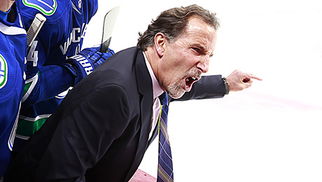 «Скажите ЛеБрону, чтобы оторвал задницу, пришел на лед и покатался с нами». Новый тренер Панарина