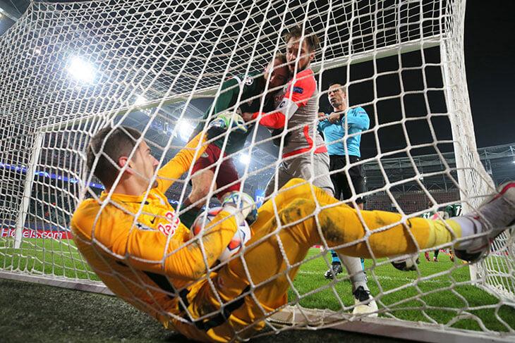 «Локо» потерял даже третье место. «Зальцбург» раздавил состав с 5 центральными защитниками