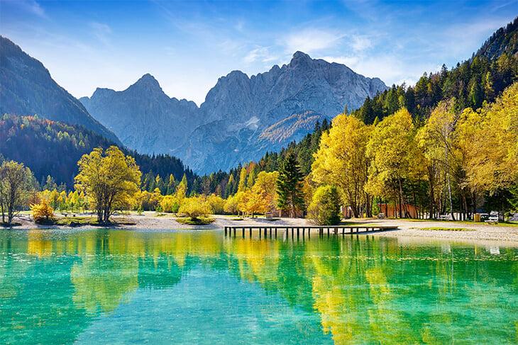 Вам тоже форма Словении напомнила банку сгущенки? Это из-за горы Триглав: ее очертания –национальный символ