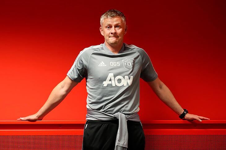 Конор написал, что хочет купить «Манчестер Юнайтед». Но ему не хватит денег даже на 10% акций