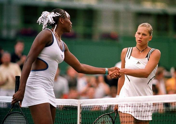 В 2005-м Винус Уильямс надоело быть второсортной – она потребовала от «Уимблдона» равных призовых. И выиграла многолетнюю борьбу женщин