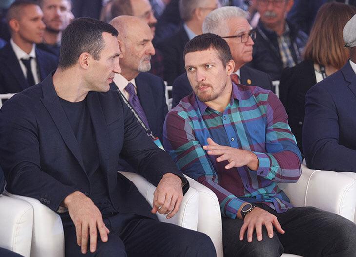 Усик предсказывал бой против Джошуа еще в 2017-м: сразу после победы Энтони над Кличко