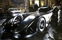 В кино часто показывали выдуманные суперкары: бэтмобиль, Молния Маккуин и перевертыш из «Форсажа»