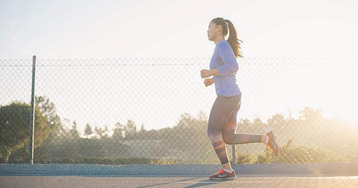Все, что нужно знать о тренировках во время менструации, о гормонах и менструальном цикле