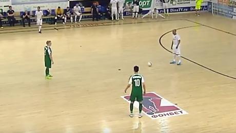 «Дина» и «Динамо» остановили матч на 45 секунд. В знак протеста