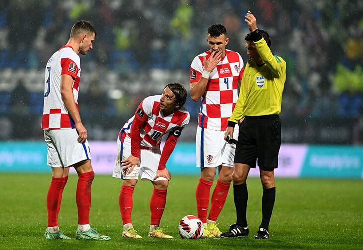 Этот матч дал России лидерство: словаки тормознули Хорватию. Хотя чуть все не упустили