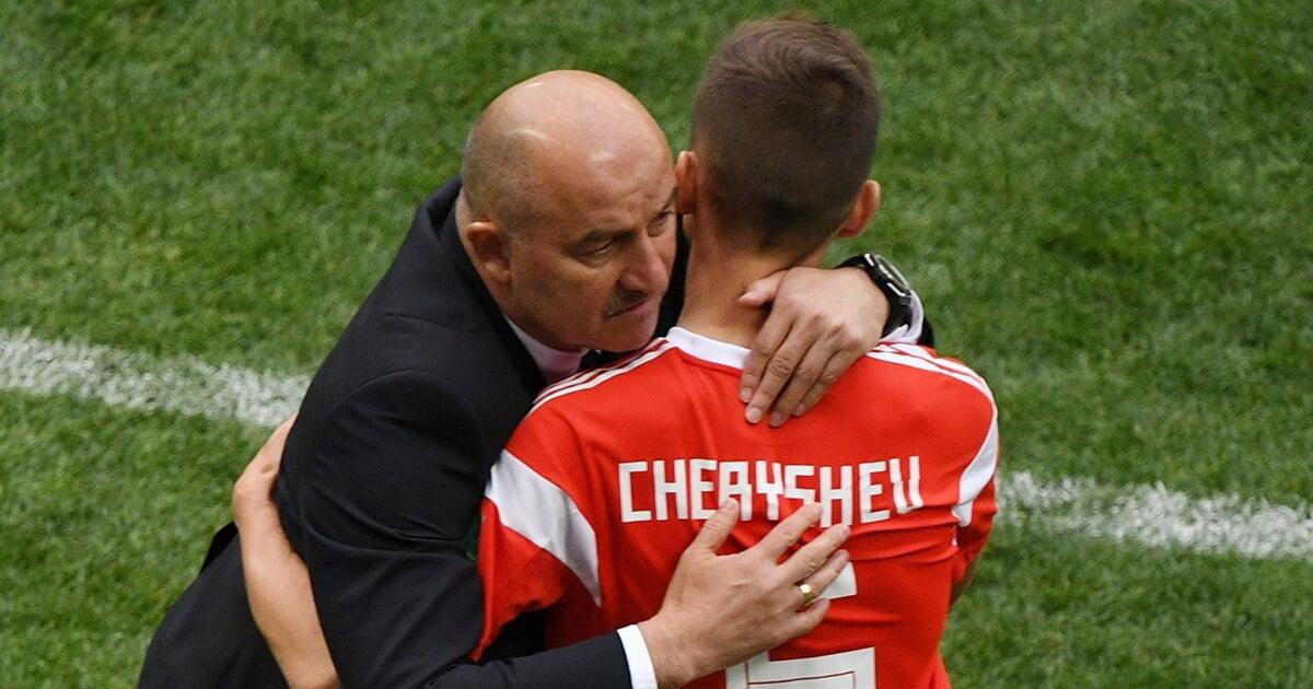 Черчесов произвел обратную замену Черышева в матче с Бельгией. Это третий случай за год