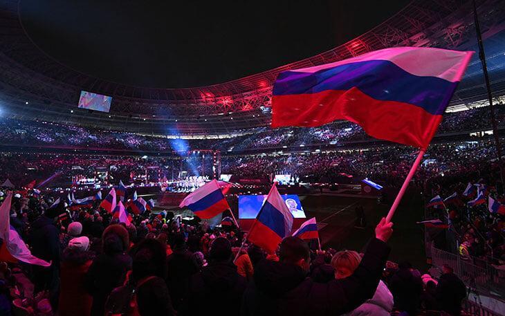 «Лужники» сегодня заполнили в честь Крыма. После ЧМ там миллиард убытка ежегодно, один депутатский матч в 2020-м и свадьбы за 350 рублей