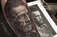 Восхитительная татуировка с изображением Конора МакГрегора