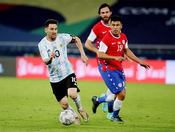 Кризисные Чили и Уругвай, форвард из чемпионской Англии и последний поход Месси
