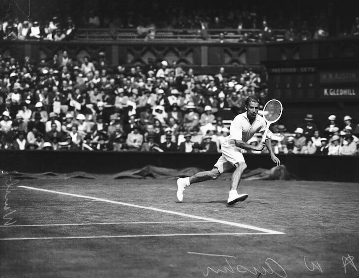 Судороги в теннисе иногда пугают. Точно не ясно, что их вызывает, но бороться помогает рассол