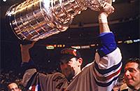 Он остановил лучшую версию Буре и выиграл Кубок Стэнли в первый же год в НХЛ. Сергей Зубов – в Зале славы