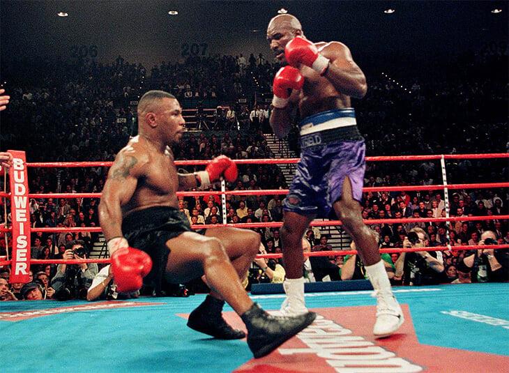 Первый бой Тайсона и Холифилда – лучший поединок 90-х