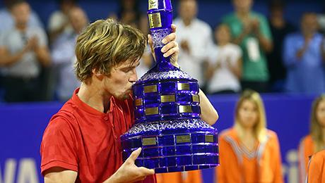 Наш 19-летний теннисист выиграл первый турнир. Наконец-то!